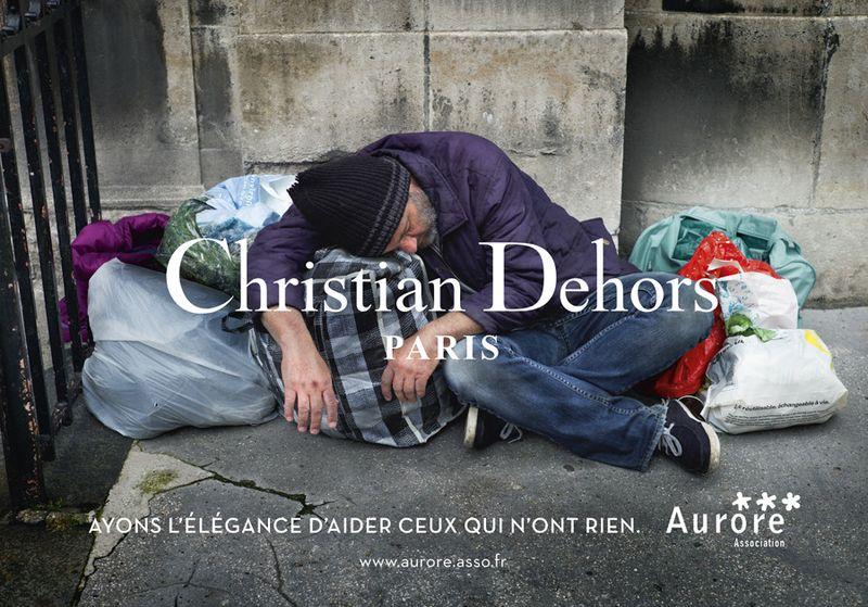 O-CHRISTIAN-DEHORS-900